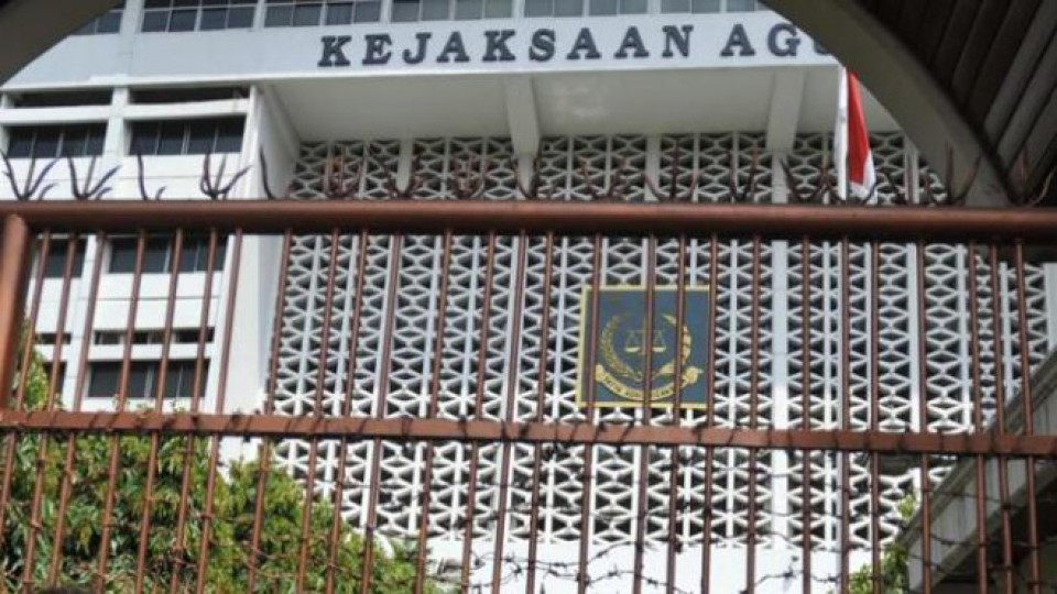 Tolak Jaksa Agung dari Rezim Hendarman Supandji