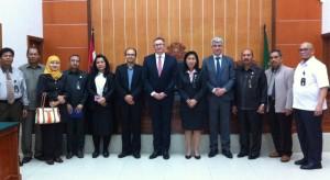 Foto bersama delegasi Hoge Raad, CILC, jajaran PN Jakarta Barat dan Tim BPR